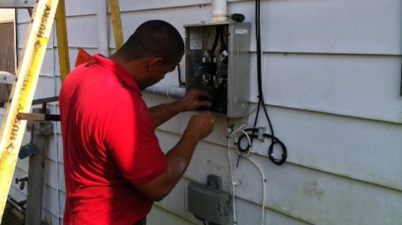 electrician_small.jpg